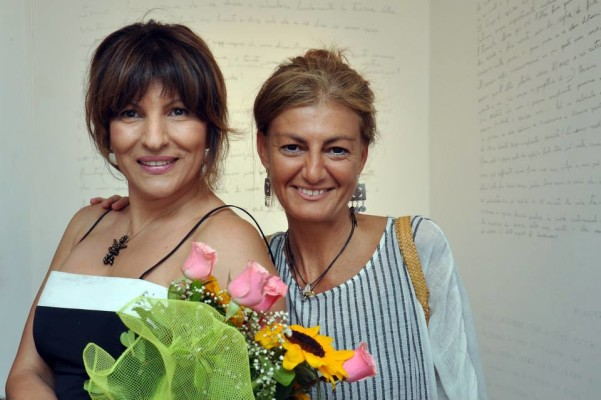 Betty Bee con Maria Savarese al vernissage di Script