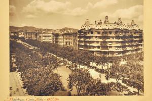 Adolf Mas Casa Milà, 1910 Da una selezione di foto di architetture di Antoni Gaudí con annotazioni Barcellona, Arxiu Històric del Col·legi d'Arquitectes de Catalunya